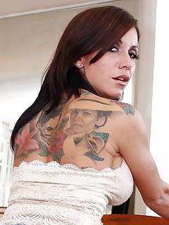 Moms Tattoo Pics